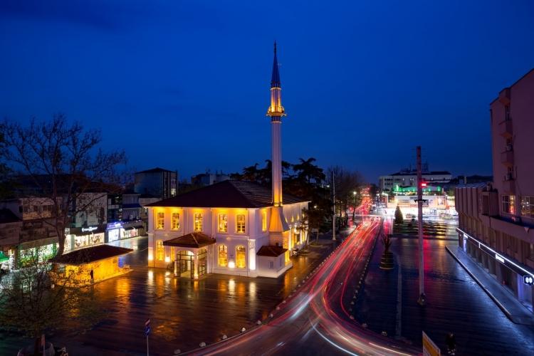 Orhan Camii (Large).jpg