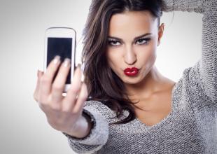 Araştırma : Başkalarının selfie'lerini görmeyi pek sevmiyoruz