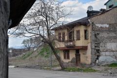Erzurum Ağaç ve Ev.JPG