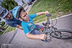 Bisiklet sürmeyi öğrenmek..